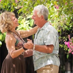 Parella de gent gran ballant - Beneficis