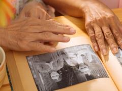 Cuidados de terapia ocupacional para personas mayores con demencia